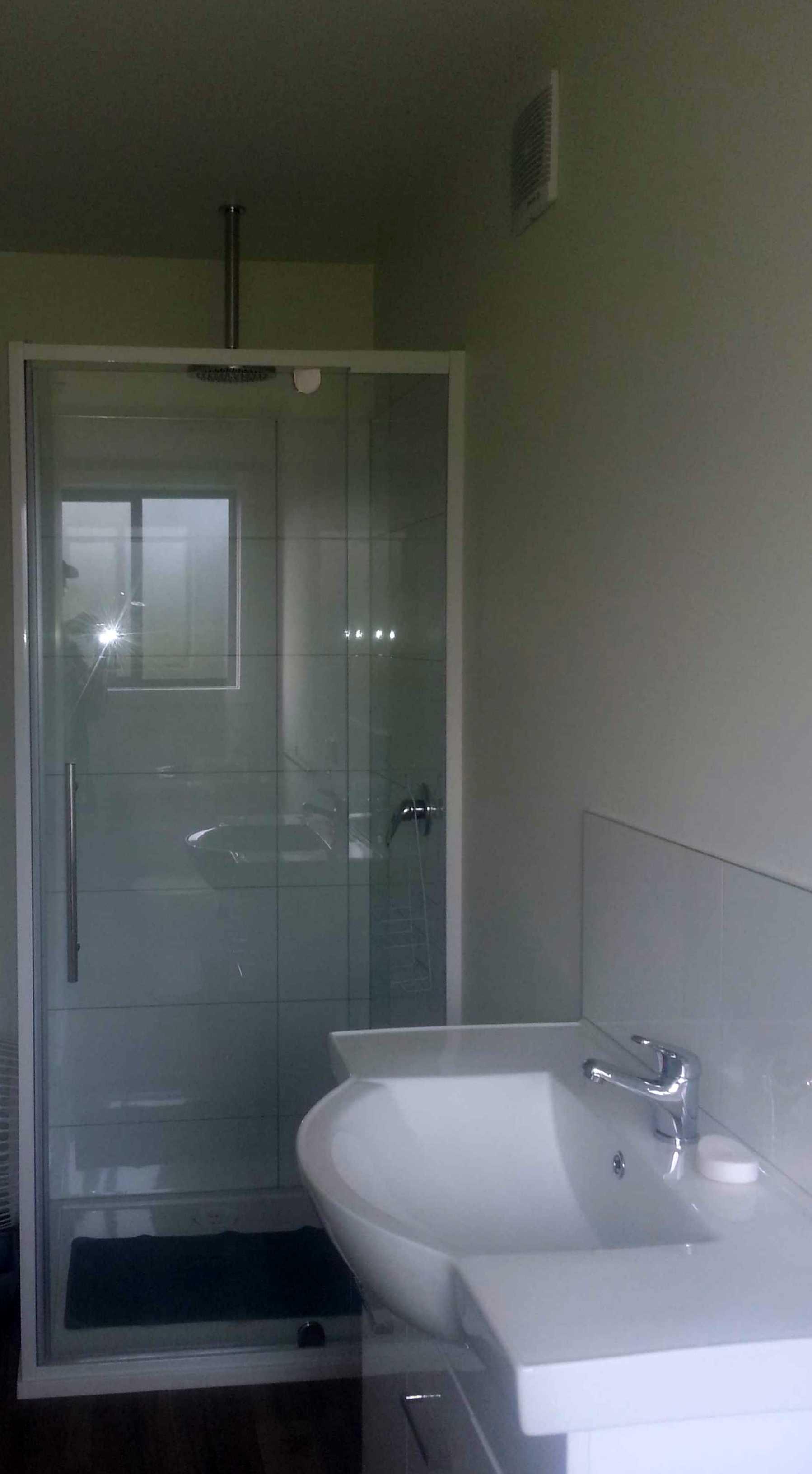 Bathroom Cabin 7.jpg