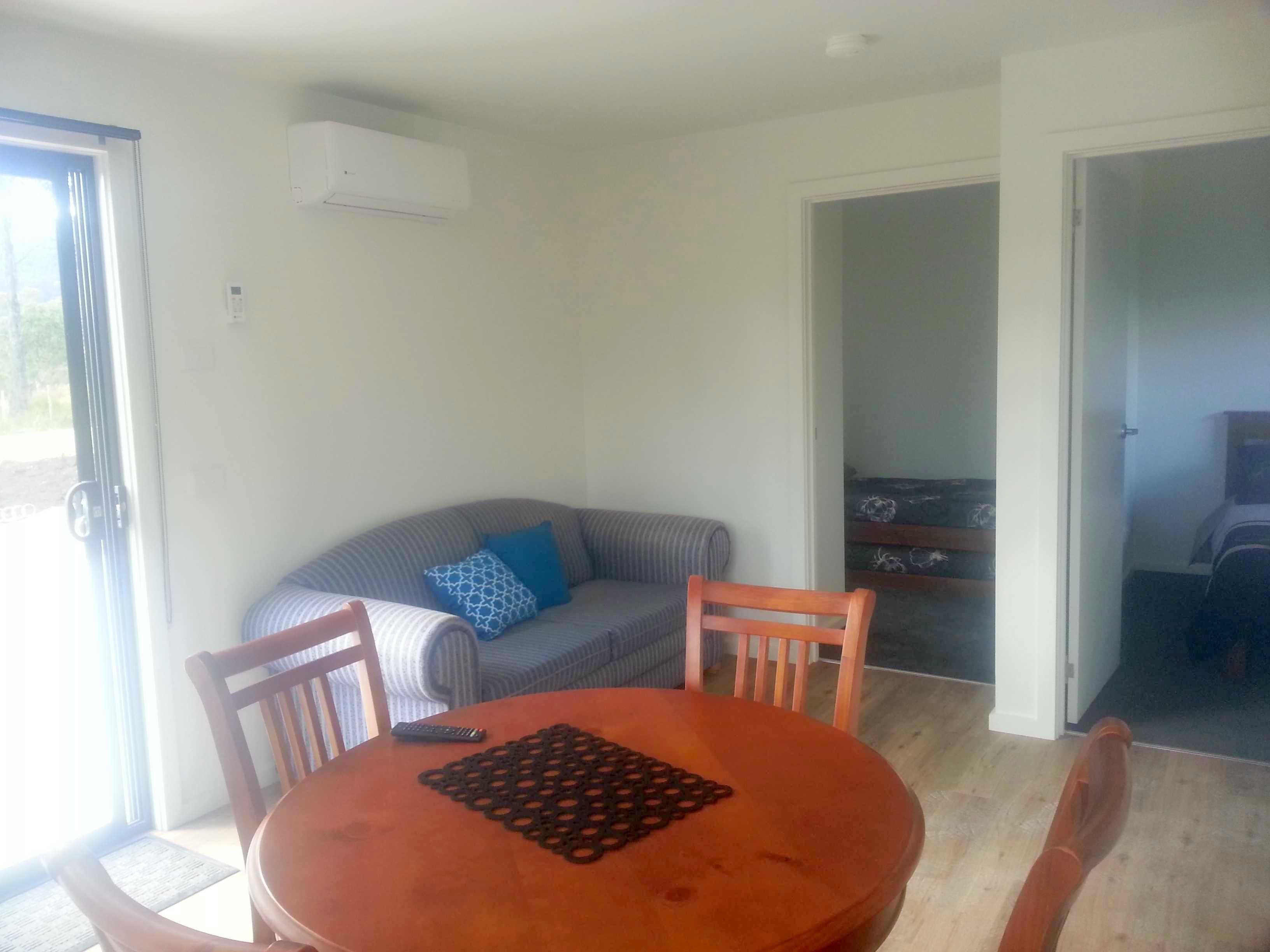Lounge  Cabin 7.jpg